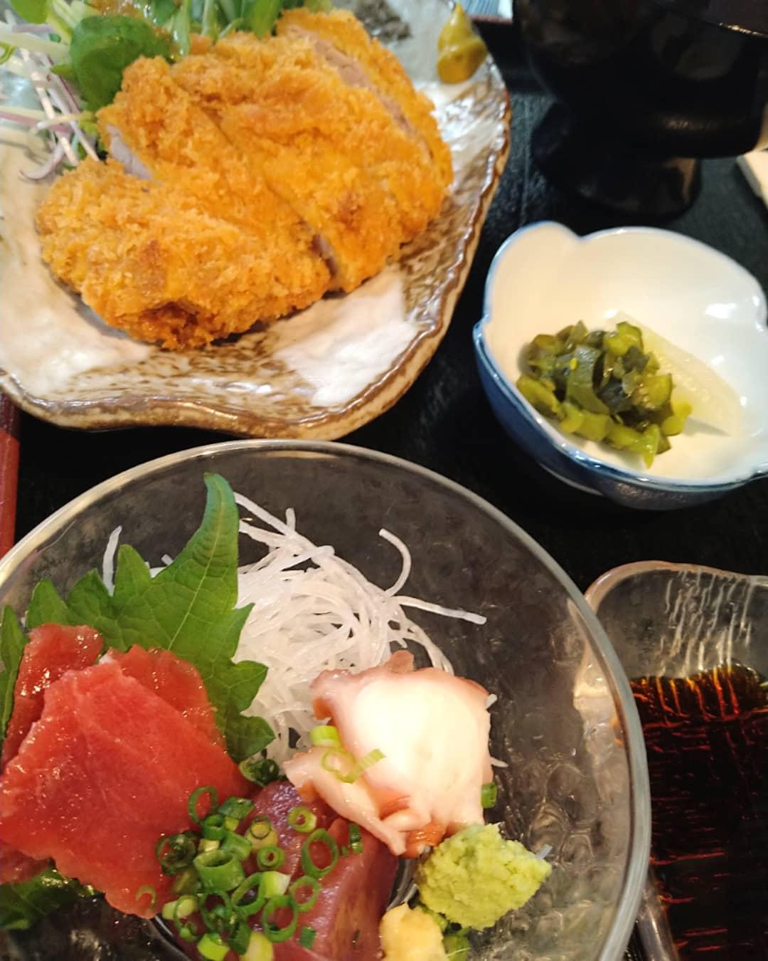 本日の日替わりランチ、刺身とヒレカツ定食は完売致しました!  本日もたくさんのご来店、誠にありがとうございました!!